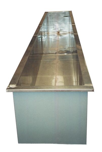 Cassetta della posta in acciaio  tavoli in acciaio  scale da interno ed esterno in acciaio ...